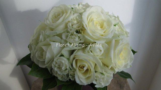 Ramo de novia Bouquet de rosas blancas Flores Alisma