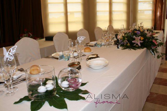Decoración de comedor para boda en La Casona de Lupa Flores Alisma