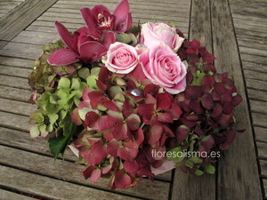 Centro de mesa.  Flores Alisma - Avilés