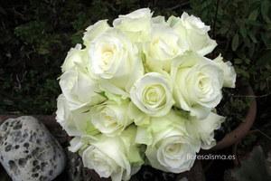 Ramo de novia.  Flores Alisma - Avilés - Bouquet de rosas