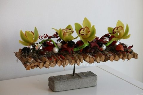 Flores Alisma - Centro horizontal de Navidad - Flores Alisma