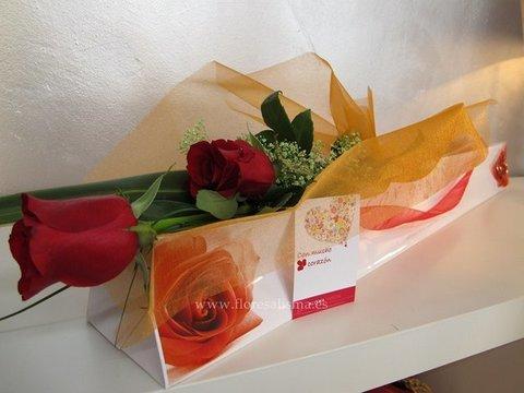 Flores Alisma - Caja con dos rosas  - Flores Alisma