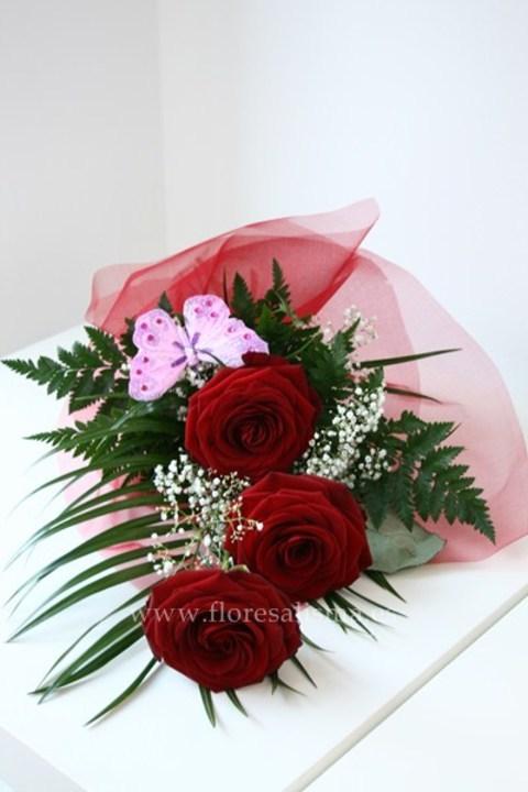 Flores Alisma - Arreglo de tres rosas