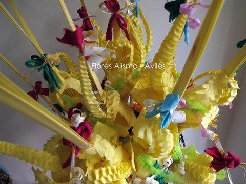 Flores Alisma - Pascua y Fiestas Del Bollo en Avilés - Flores Alisma