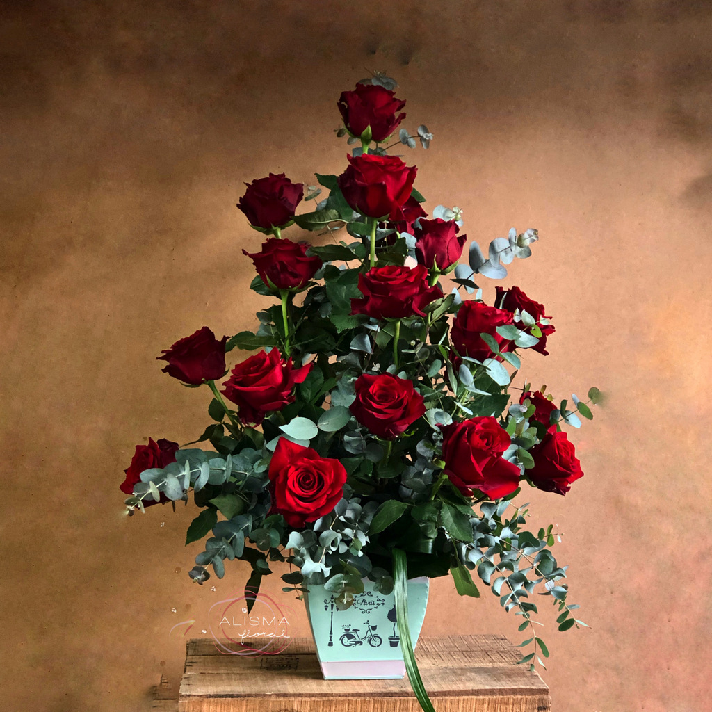 Flores Alisma - Centro de 18 rosas - Flores Alisma