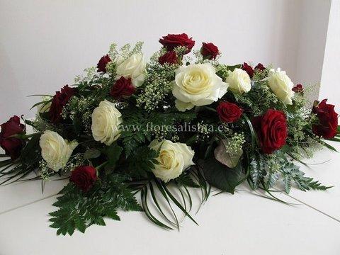 Flores Alisma - Centro mortuorio de rosas - Flores Alisma